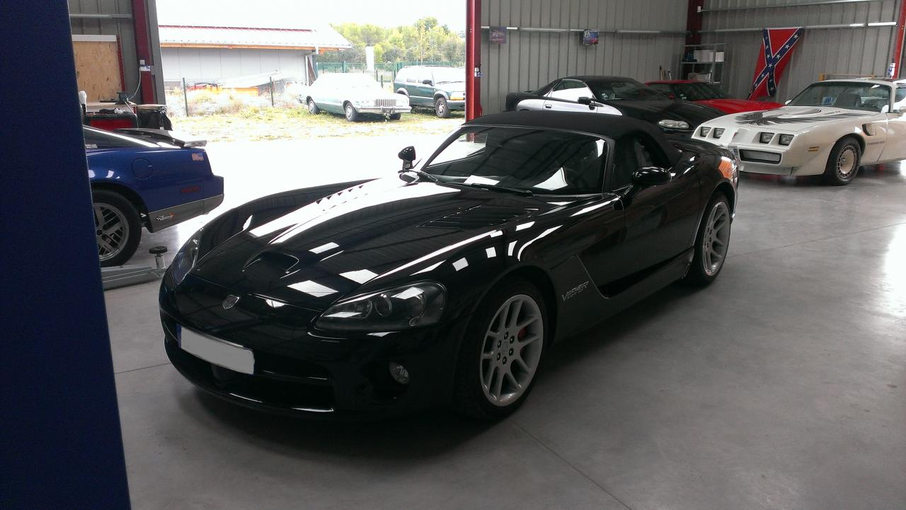 Dodge Viper SRT-10 8.3L 505 HP