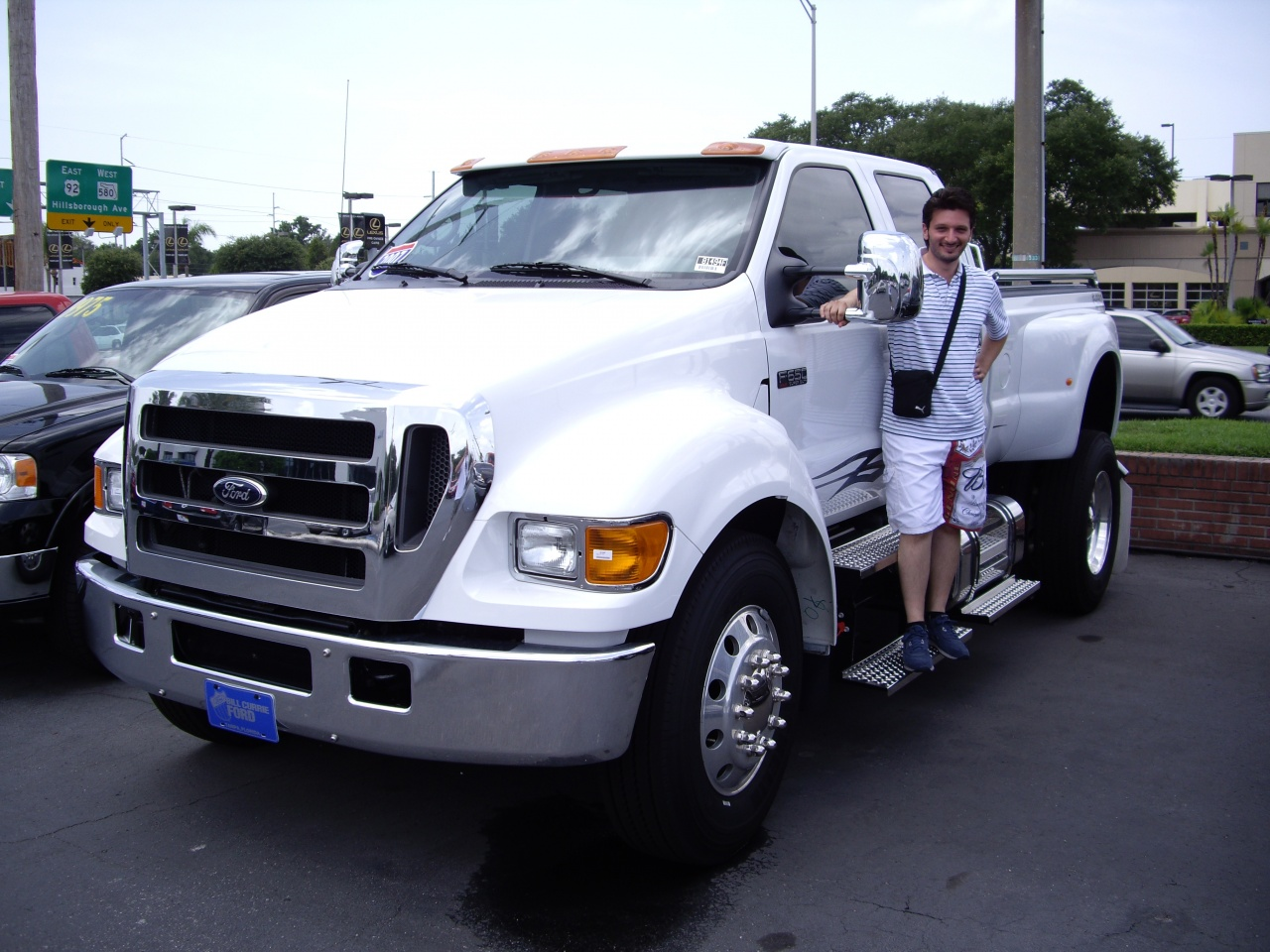 Ford F650 / concession Ford Bill Currie Tampa FL.