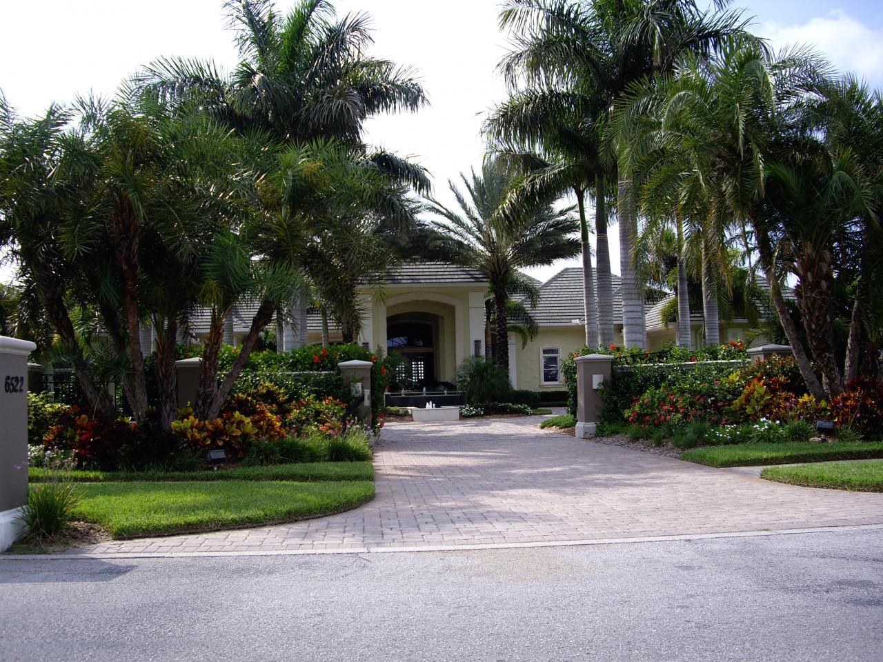 Villa US