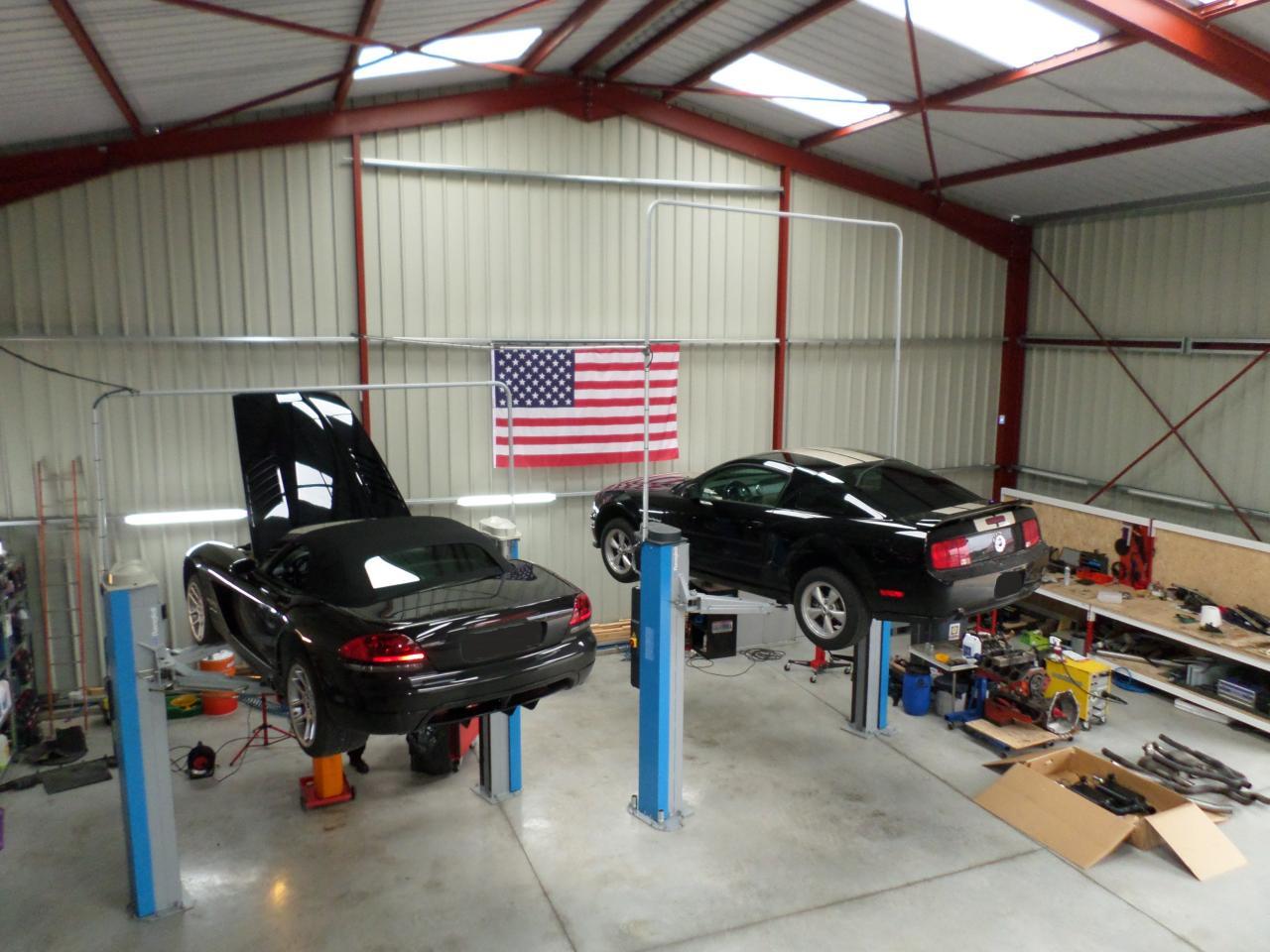 Viper SRT-10 - Ford Mustang GT